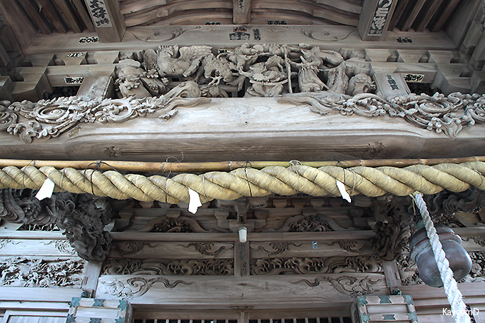 レリーフが素晴らしい「大瀬神社」