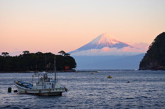 日本最深の駿河湾に面した戸田