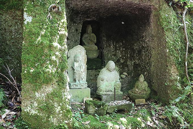 伊豆最古の木造建築「指月殿」と鹿山公園