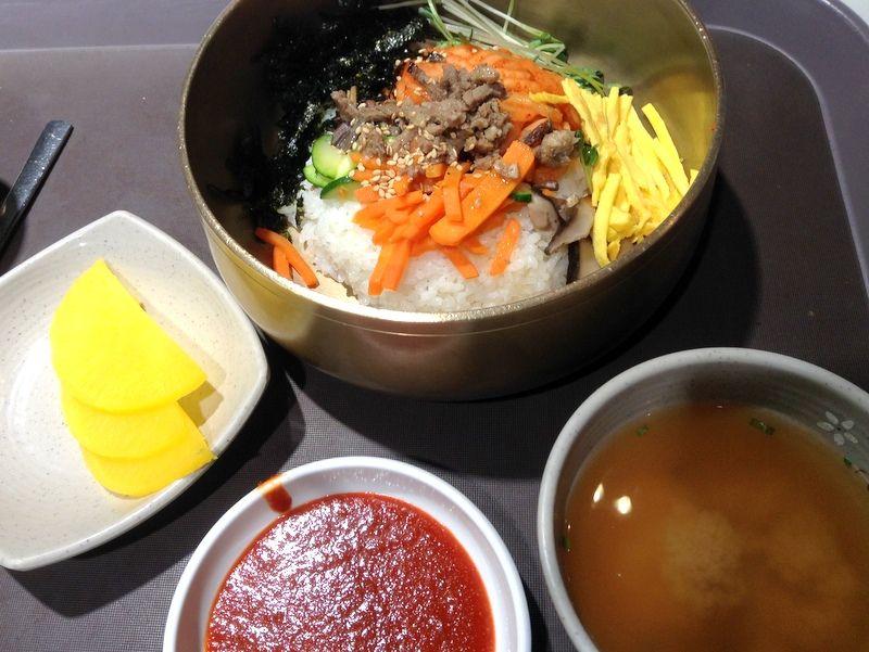 仁川国際空港内でお得においしい韓国料理が食べれるフードコート!