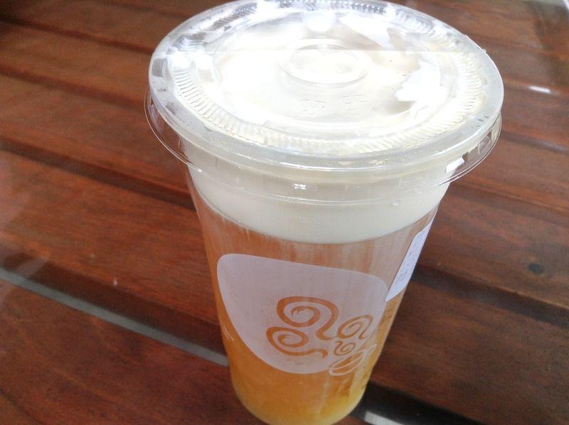 お店のおすすめ「招牌貢茶」は三度楽しむドリンク!