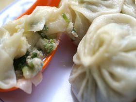 台湾「正好鮮肉小籠包」の小籠包!ネギとスープあふれる安くて美味しい絶品の味