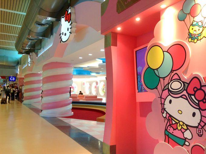 台湾・桃園国際空港第2ターミナルでハローキティに会える!?