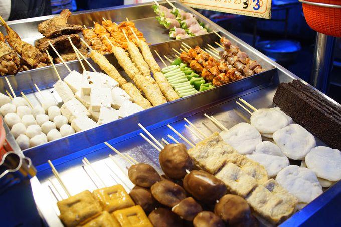 中華路夜市で大人気の串焼きバーベキュー「林家カオ肉」