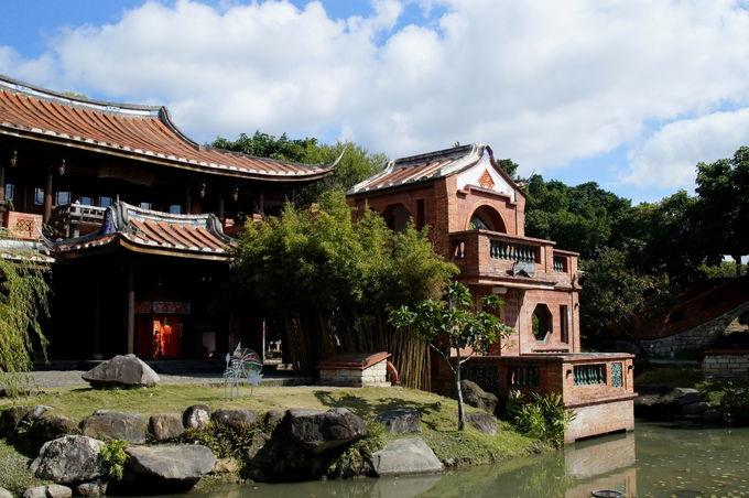 園内は中華風庭園でゆったり