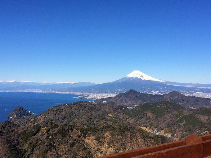 富士山と伊豆半島の360度大パノラマ!「山頂展望台」で感動