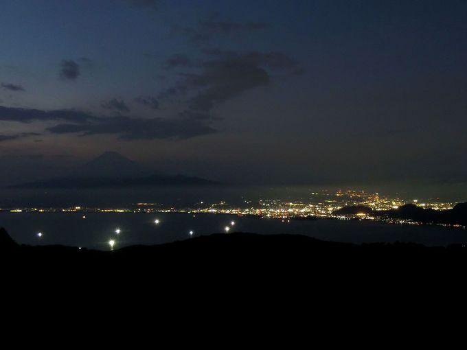 「富士山展望台」で夕景や夜景も楽しもう!