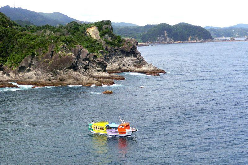 伊豆最南端の超絶景!「石廊崎岬めぐり遊覧船」で海から楽しむポイント