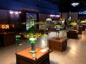 伊豆・城ヶ崎「ニューヨークランプミュージアム&フラワーガーデン」絶景の中でアートと花を堪能!