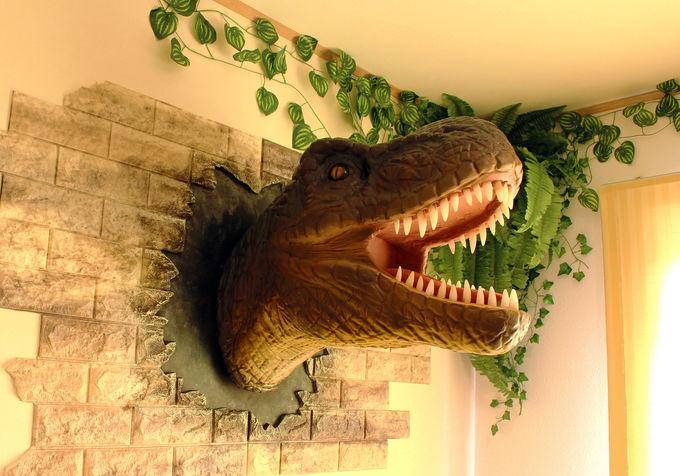 恐竜と宿泊できる!人気急上昇のダイナソールーム