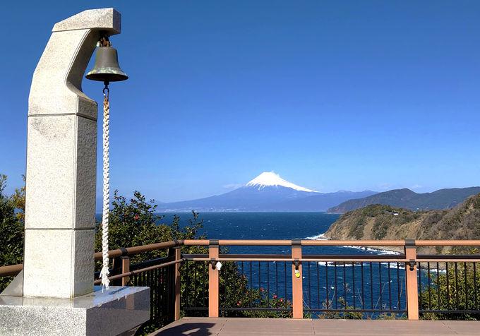 富士山に見守られながら「ラブコールベル」を鳴らそう!