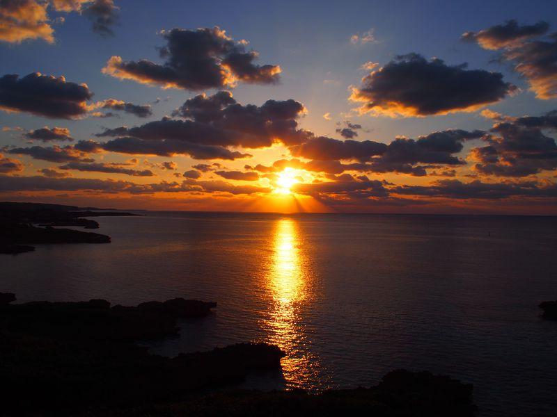 宮古島のサンライズを独り占め!「ウェルネスヴィラブリッサ」で暮らすような滞在を