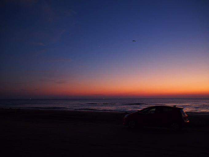夕方:「千里浜なぎさドライブウェイ」で夕暮れの絶景ドライブ!
