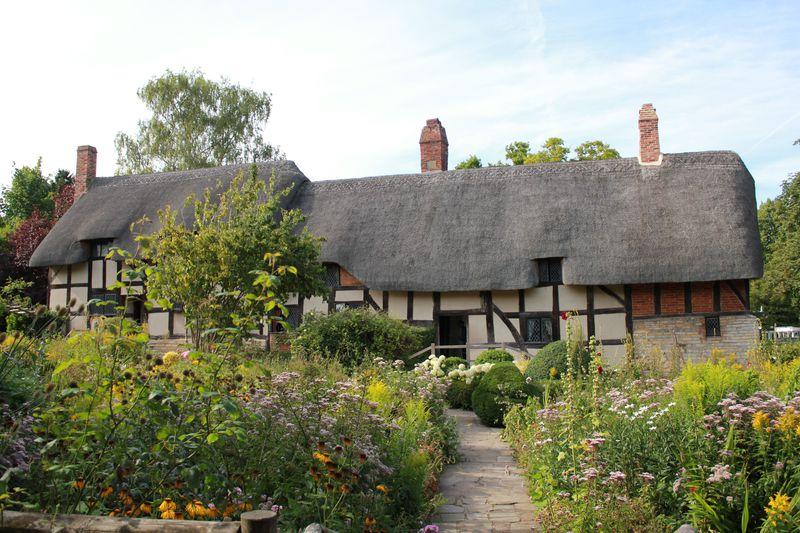 シェイクスピアを育んだ街 英国「ストラトフォード・アポン・エイボン」