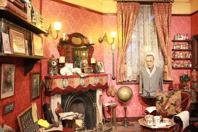 典型的なイギリスの家庭料理を堪能できるパブ「ザ・シャーロック・ホームズ」
