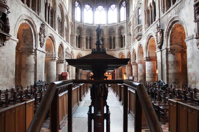ロンドンに現存する最古の教会「聖バーソロミュー・ザ・グレート教会」