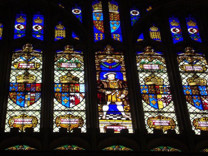 ヘンリー8世の権力を示す「グレイト・ホール」