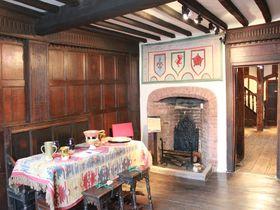 英国で中世の建築にふれる旅 シェイクスピアの故郷「ストラトフォード・アポン・エイボン」
