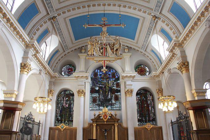 美しい鐘の音「セント・メアリー・ル・ボウ教会」
