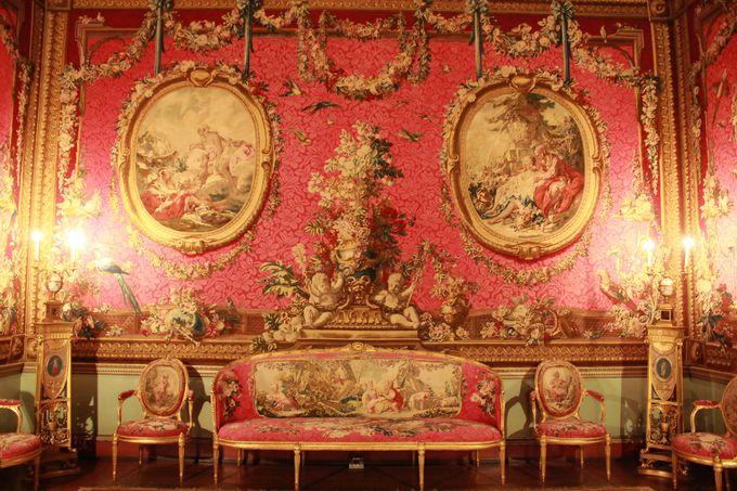 伝統とモダンが交錯するアダムスの傑作「オスタリーハウス」