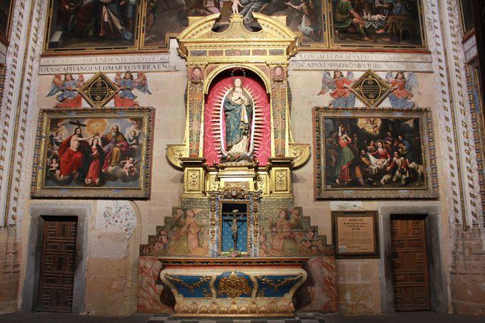 威厳と気品に満ちたたたずまい「セゴビア大聖堂」