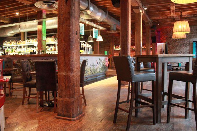 テーマはカリブ海 レストラン・バー「ラム&シュガー」
