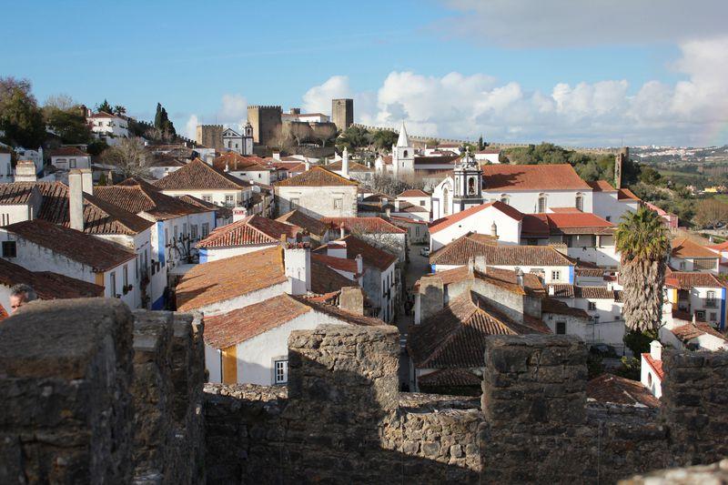 「オビドス」青と黄色に彩られるポルトガルで最も美しい村