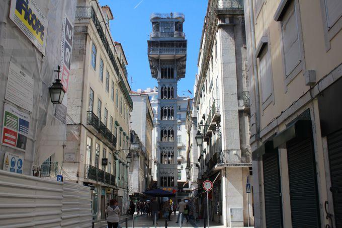 レトロモダンが美しい「サンタ・ジュスタのエレベーター」