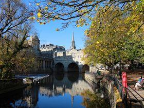 イギリス世界遺産「バース市街」絶対に外せない4大名所