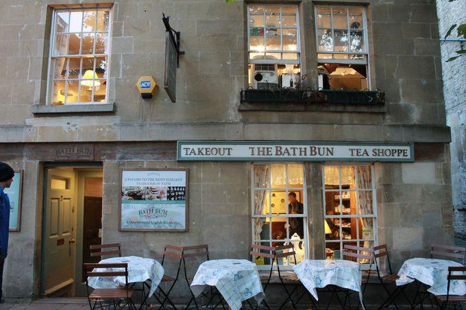 休憩:ティーショップ「バース・バン」でお茶