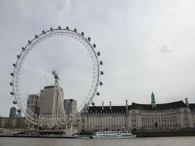 ロンドンでテムズ川クルーズ「サザーク」半日観光モデルコース