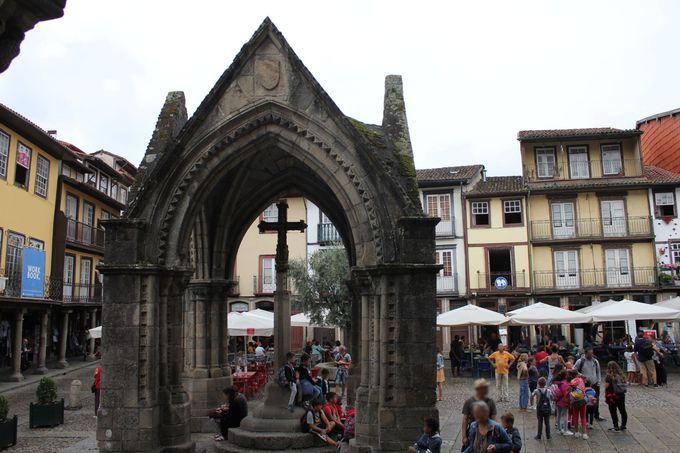 オリーブの木の伝説が残る「ノッサ・セニョーラ・ダ・オリベイラ教会」