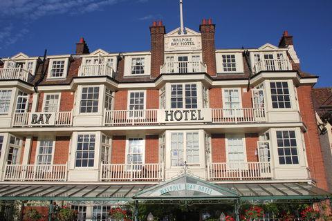 泊まれるアンティーク博物館!イギリス「ウォルポール・ベイ・ホテル」