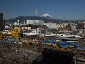 完璧な富士山とトレインビューを誇るドーミーイン三島で景色を楽しもう!