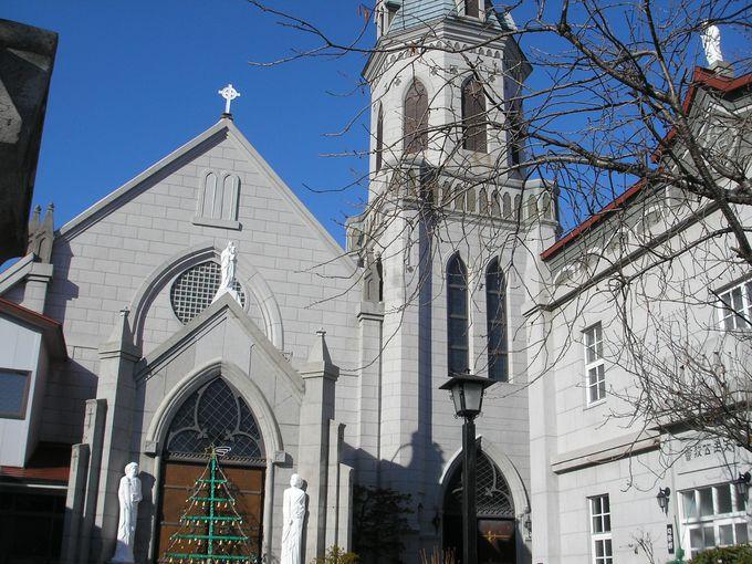 元町を代表する木造教会、存在感を放つカトリック元町教会