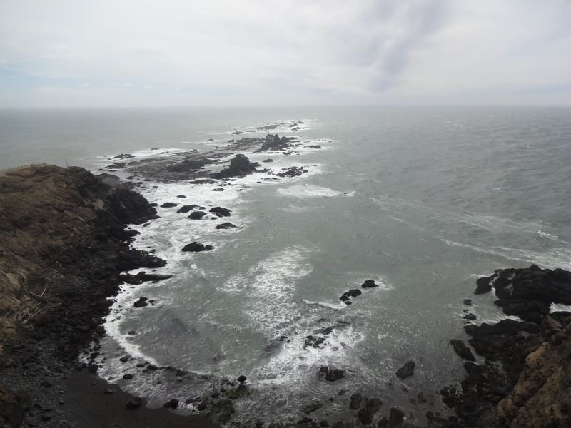 強風の先には絶景が!襟裳岬の大自然を全身で受ける