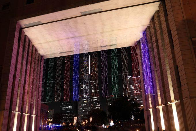 ホテルナビオス横浜の開口部から見るみなとみらいは最高のポジション