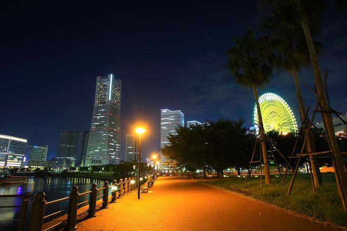 みなとみらい高層ビル群を撮るなら水辺エリアまで近づこう!