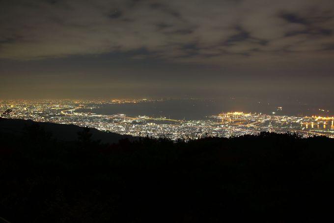 アクセスの良さはピカイチ!車がなくても訪問可能!「六甲山天覧台」