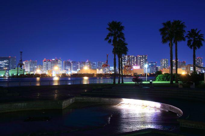 広大な公園敷地内からは東京湾の夜景を一望!都立潮風公園