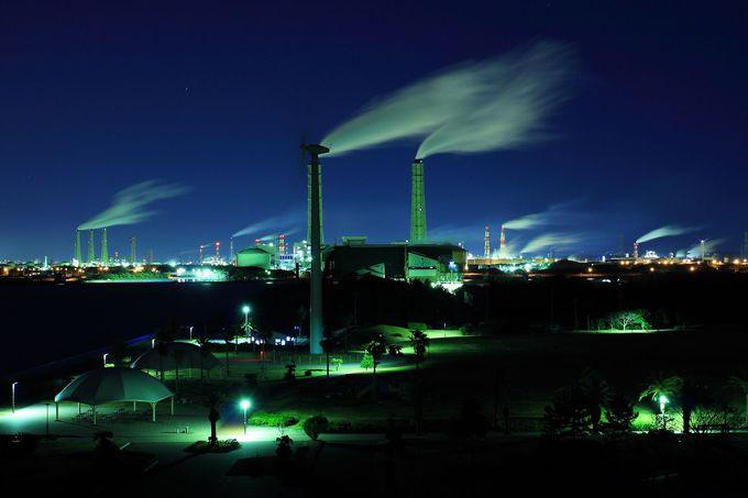 展望台から見る袖ヶ浦周辺の工場夜景