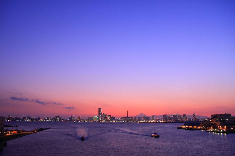 みなとみらい夜景を一望!パノラマ度合が凄い横浜「大黒大橋」
