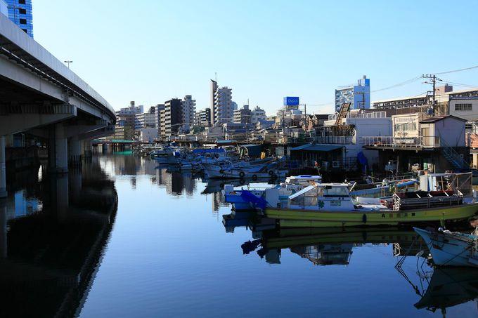 横浜駅側近に舟屋風景?!神奈川区の「常盤橋」