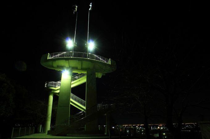 「きみさらずタワー」の全貌を公園内より見上げる!