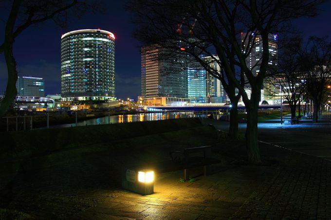 「臨港パーク」、「カップヌードルミュージアムパーク」、「ポートサイド公園」の水辺系