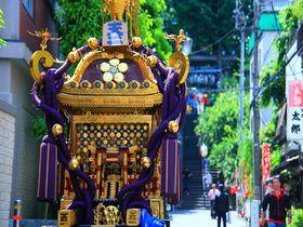 学問の神様を祀る「湯島天神」で一足早い夏祭を体験しよう!
