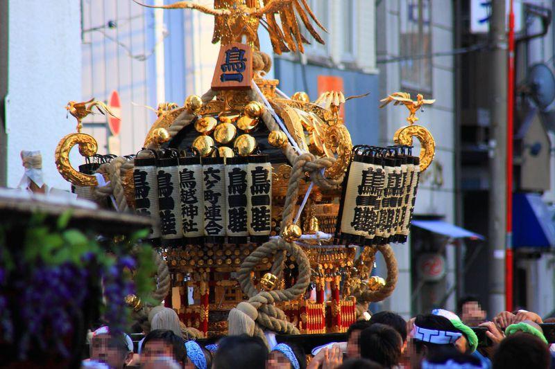下町の伝統を受け継ぐ勢いのある例大祭は必見!東京「鳥越祭」