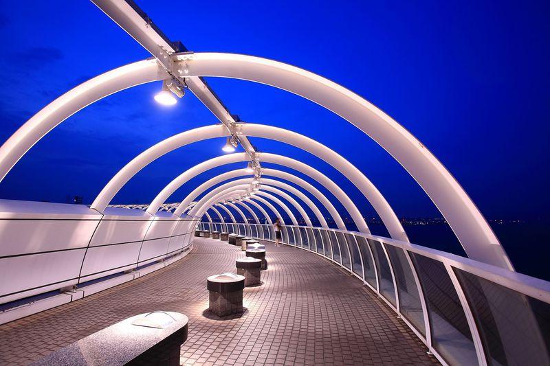 夏季限定!横浜一穴場!「横浜シンボルタワー」から港夜景を眺めよう