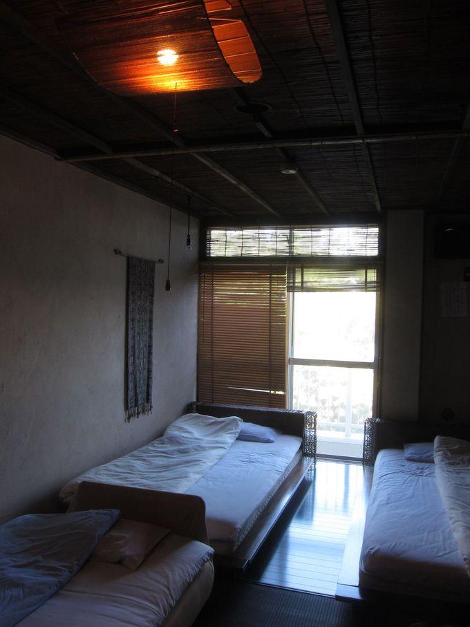 アジアン風のお部屋に旅情の疲れも癒やされそう!