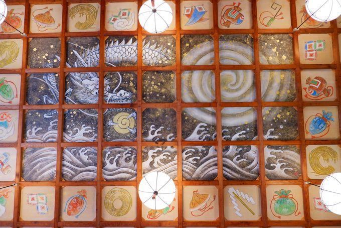 歌舞伎絵の第一人者が描いた天井絵